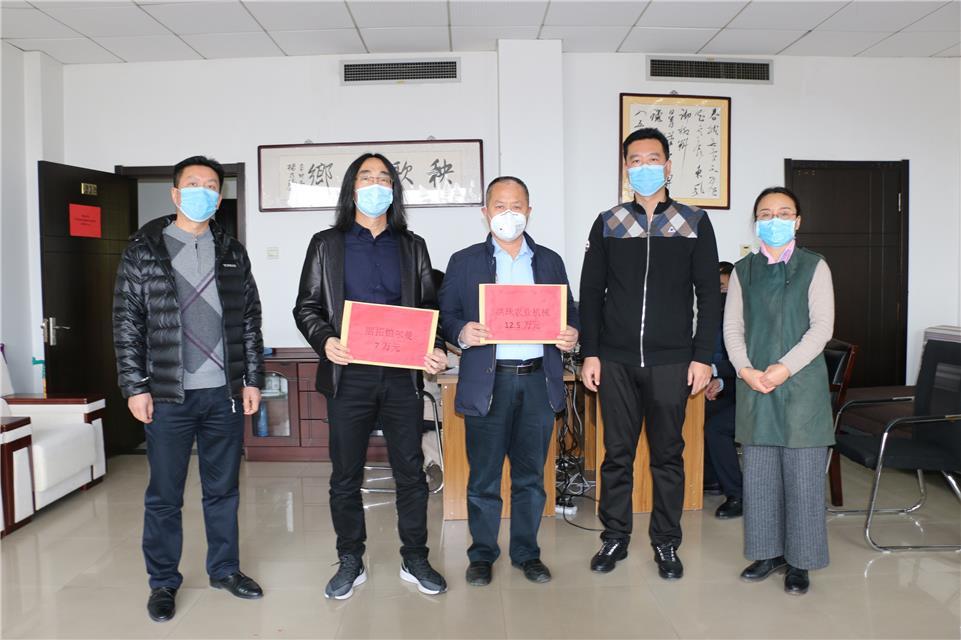 山东胶州:全城行动防控疫情 热心市民纷纷支援